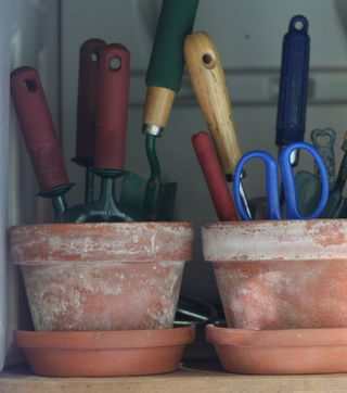 Clay-pots-as-storage