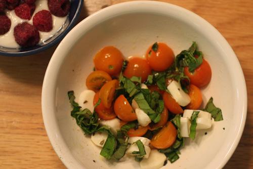 Fresh-tomato-basil