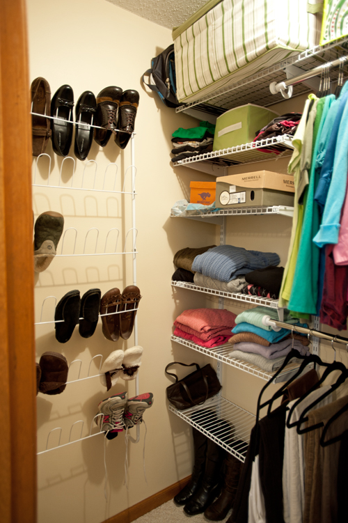 Closet-shelves-shoes-after