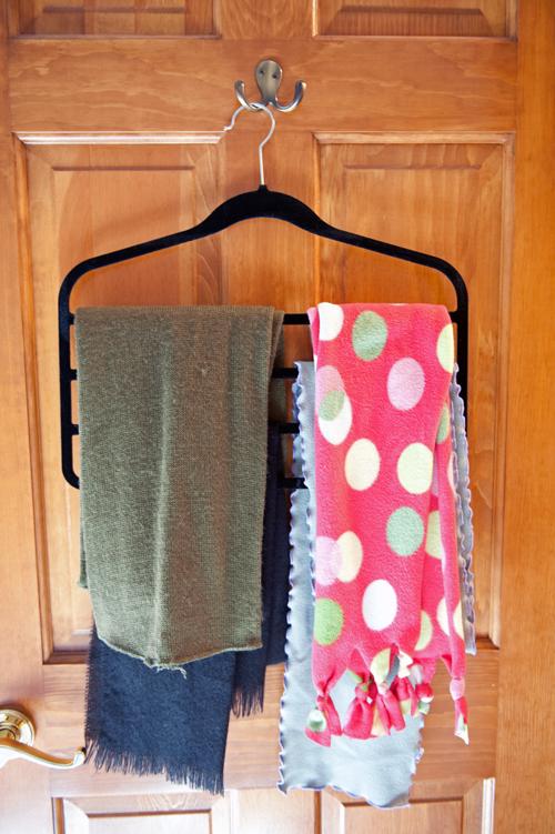 Slack-hanger-scarves