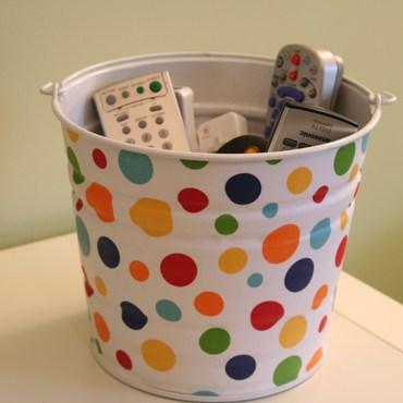 Bucket_of_remotes