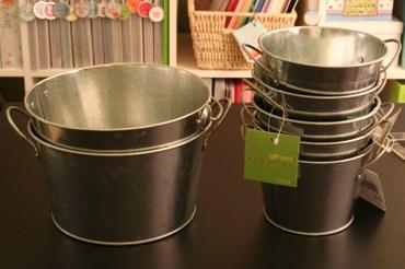 Small_round_buckets